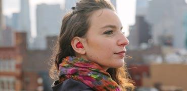 הפכו ללהיט: אוזניות שמתרגמות בזמן אמת משפה לשפה
