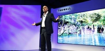 בגודל של 146 אינץ': הטלוויזיה המודולרית הראשונה בעולם