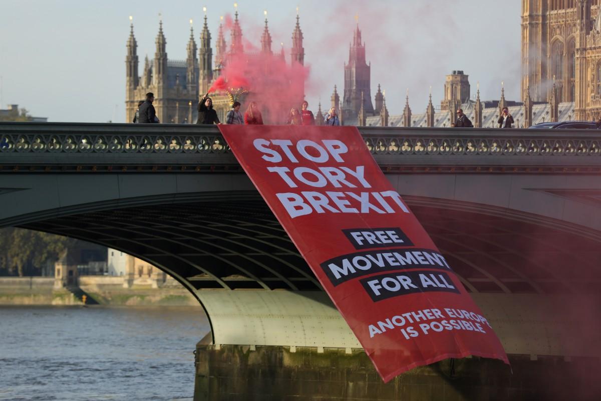 המפגינים נגד הברקזיט בלונדון היום / צילום: רויטרס