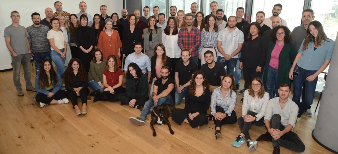 צוות  Papaya Global / צילום: איל יצהר, גלובס