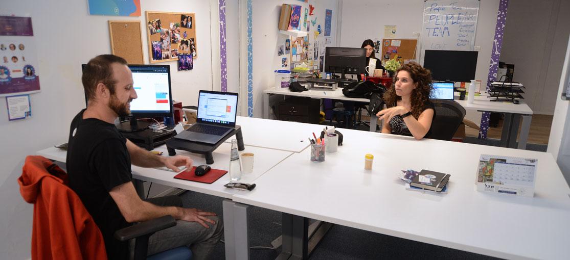 Bizzabo - המשרדים והצוות  / צילום: איל יצהר, גלובס