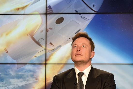 """""""המעבורות של אילון מאסק יכולות להביא למאדים 200 איש בשנתיים"""""""