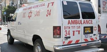 אמבולנס של מגן דוד אדום / צילום: תמר מצפי