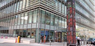 בניין הבורסה בתל אביב / צילום:תמר מצפי