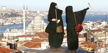 תיירות מוסלמיות / צילום: רויטרס