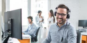 מתיחת הפנים של תעשיית הביטוח/צילום:  Shutterstock/ א.ס.א.פ קרייטיב