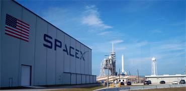 האנגר של חברת Space X / צילום: שאטרסטוק