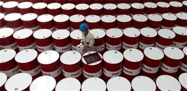 חביות נפט / צילום: סוכנות צילום אנטרה / רויטרס