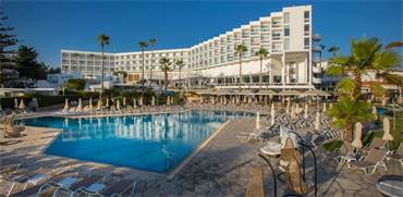 """מלון בקפריסין (לטיסות משדה דב) / צילום: יח""""צ"""