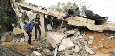 מבנה בח'אן יונס לאחר תקיפה/ צילום: רויטרס
