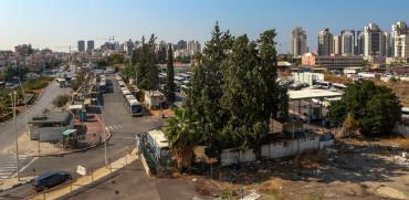 מתחם התחנה המרכזית בפתח תקווה/ צילום :שלומי יוסף