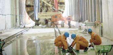 """סינים בעבודות / צילום: נת""""ע"""
