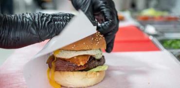 המבורגר/ צילום: חיים יוסף