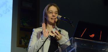 """אלונה בר און, יו""""ר גלובס  / צילום: איל יצהר, גלובס"""