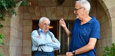 פרופ'אברהם בניאל ובנו עירן בניאל / צילום: רפי קוץ, גלובס