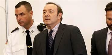 קווין ספייסי במהלך המשפט בנאנטאקט / צילום: ניקול הארנישפגר, רויטרס