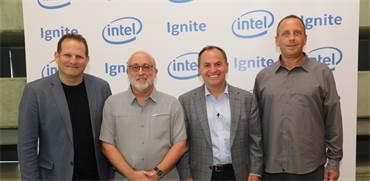 מימין: יניב גרטי, בוב סוואן, אבנר גורן וצחי וייספלד / צילום: עזרא לוי