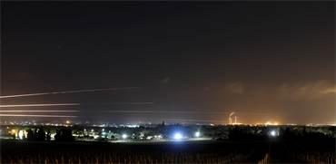 שיגורי רקטות מרצועת עזה על ישראל / צילום: REUTERS/Amir Cohen