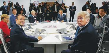 """נשיא ארה""""ב טראמפ ונשיא צרפת עמנואל מקרון בוועידת הG7־ בצרפת / צילום: רויטרס"""