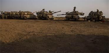 """טנקים של צה""""ל ברמת הגולן / צילום: Ariel Schalit, AP"""