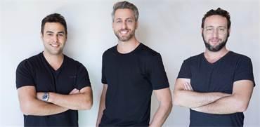 "מימין: גיא לויתן, דור קרובינר ועומרי ליטבק, מייסדי הוטלמייז / צילום: גיא כושי, יח""צ"