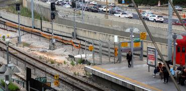 תיקונים במסילה שבין תחנת תל אביב השלום להגנה, רכבת ישראל / צילום: כדיה לוי