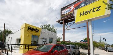 סוכנות של חברת הרץ בדנבר, בסוף השבוע. קשיים כלכליים עוד מלפני המגפה / צילום: David Zalubowski, Associated Press