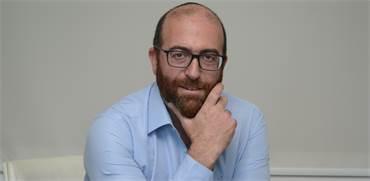 """עו""""ד מאיר נוסבאום, מתמחה בליווי עסקאות נדל""""ן בינלאומיות / צילום: איל יצהר, גלובס"""