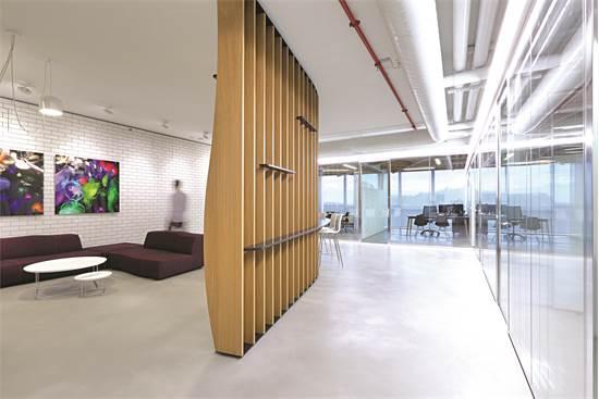 משרדי חברת BESSEMER / תכנון ועיצוב: אורבך הלוי אדריכלים / צילום: עוזי פורת