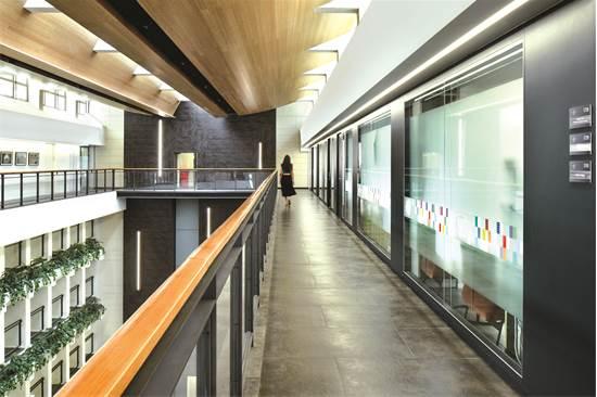משרדי בנק ישראל / תכנון ועיצוב: דונסקי אדריכלים / צילום: עומרי אמסלם