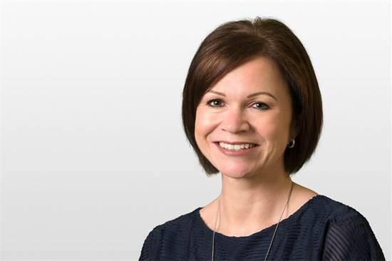 ליסה מייהיו (Lisa Mayhew), אחת משני השותפים המנהלים של פירמת עריכת הדין הגלובלית BCLP / צילום: BCLP