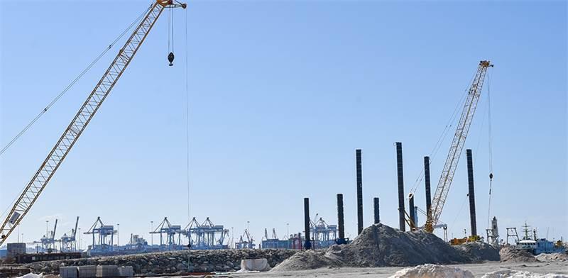 נמל אשדוד החדש. חברה סינית אחראית לעבודות / צילום: איתמר בן שושן
