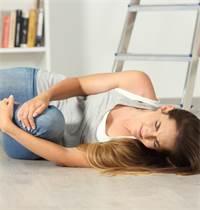תאונות ביתיות. אם הנפגעים אינם מבני המשפחה, קיימת סכנת תביעה / צילום: Shutterstock/א.ס.א.פ קרייטיב