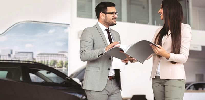 רכישת רכב יוקרה. גמישות בתנאי המימון / צילום: Shutterstock/א.ס.א.פ קרייטיב