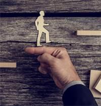 """מיזם """"אמץ חברה"""", תמיכה בעסקים קטנים ובינוניים בימי קורונה / צילום: Shutterstock/א.ס.א.פ קרייטיב"""
