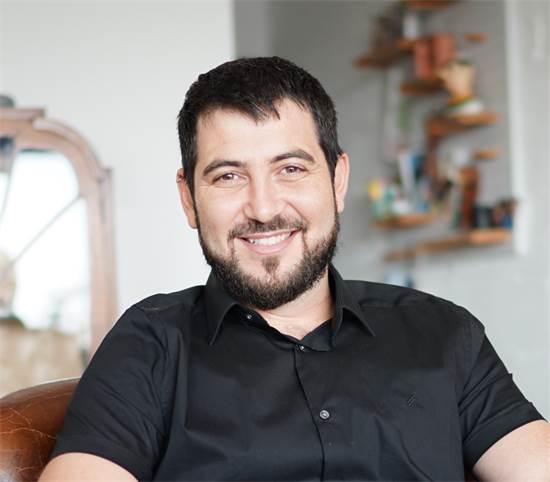 """אדם איכר, מנכ""""ל חברת EqualWeb / צילום: אלדד בן צבי"""