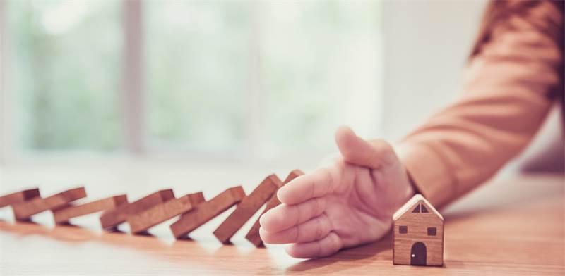 לפני נטילת משכנתא חשוב לבחון הצעות ולמצות את האפשרויות / צילום: Shutterstock/א.ס.א.פ קרייטיב