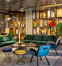 מלון לינק. אווירה חופשית וצעירה, המייצרת שיתופי פעולה עסקיים  / צילום: אורי אקרמן