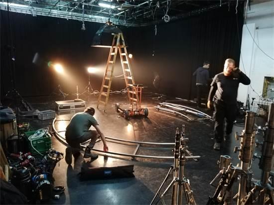 הפקה של Team Stefansky, לכל קמפיין דרושים אנשי מקצוע ייחודיים / צילום: Team Stefansky