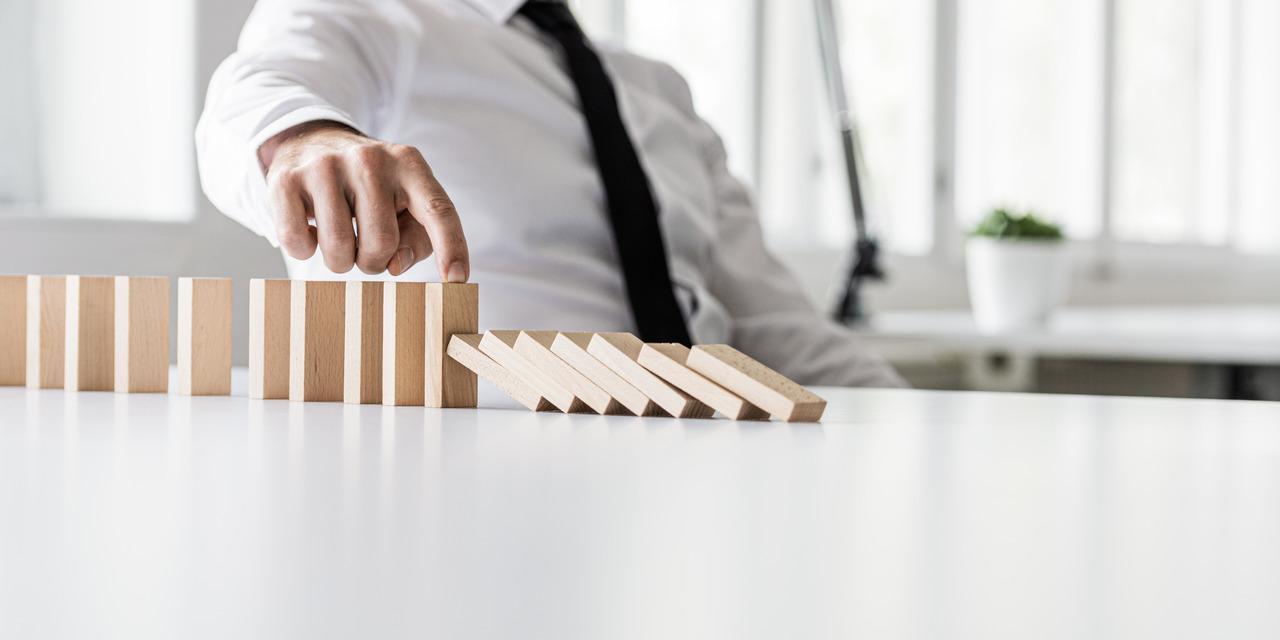 מגפת הקורונה משפיעה על הכלכלה יותר מכל אירוע אחר שהתרחש בעשורים האחרונים / צילום: Shutterstock/א.ס.א.פ קרייטיב