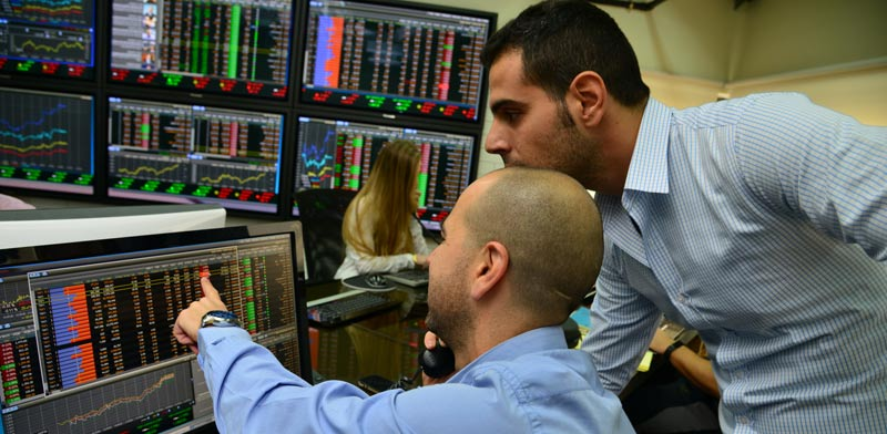 Stock market photo: Tamar Matzafi
