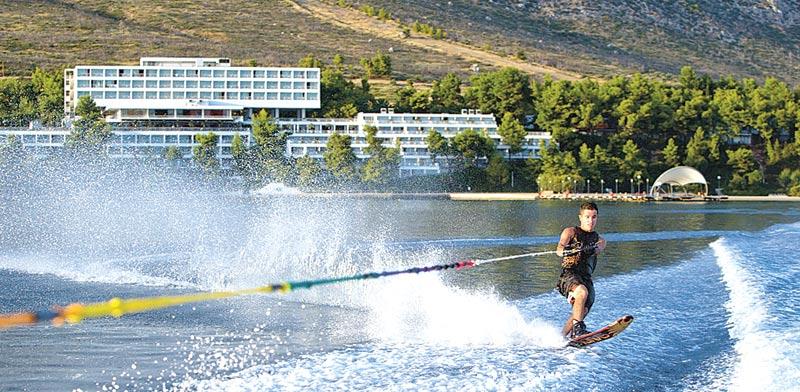 סקי מים באתר גרגולימנו | צילום: יחצ