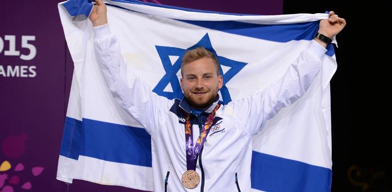 הקלעי סרגיי ריכטר זוכה במדליית ארד במשחקי אירופה 2015 / צלם: הוועד האולימפי בישראל