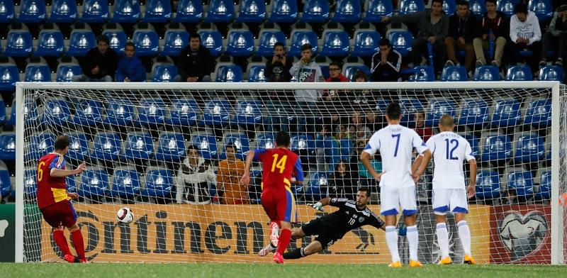 אופיר מרציאנו בשער נבחרת ישראל מול אנדורה / צלם: רויטרס