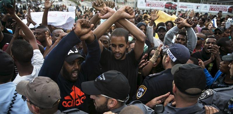 הפגנת יוצאי אתיופיה בתל אביב / צילום: רויטרס