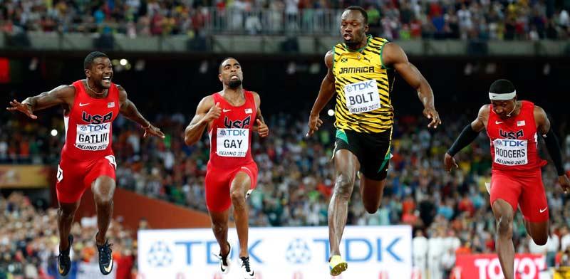 יוסיין בולט מול ג'סטין גטלין גמר 100 מטר בייג'ין 2015 / צילום: רויטרס