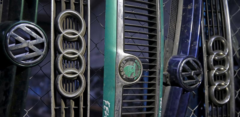 חלקי מכוניות של מותגים מבית פולקסווגן במפעל החברה בבוסניה / צילום: רויטרס