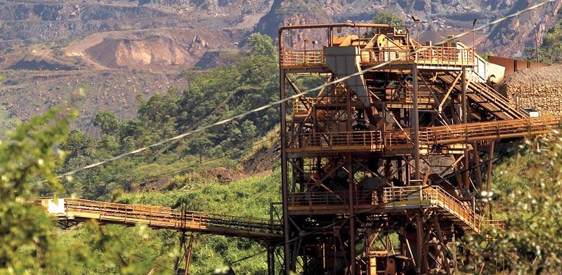 מכרה ברזל בברזיל / צילום: רויטרס