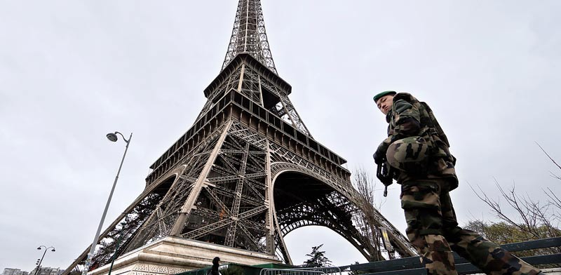 מגדל אייפל. נסגר למבקרים בגלל ההפגנות / צילום: רויטרס