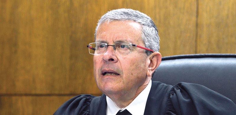 השופט בדימוס דוד רוזן, נציב תלונות הציבור על מייצגי המדינה בערכאות / צילום: תמר מצפי